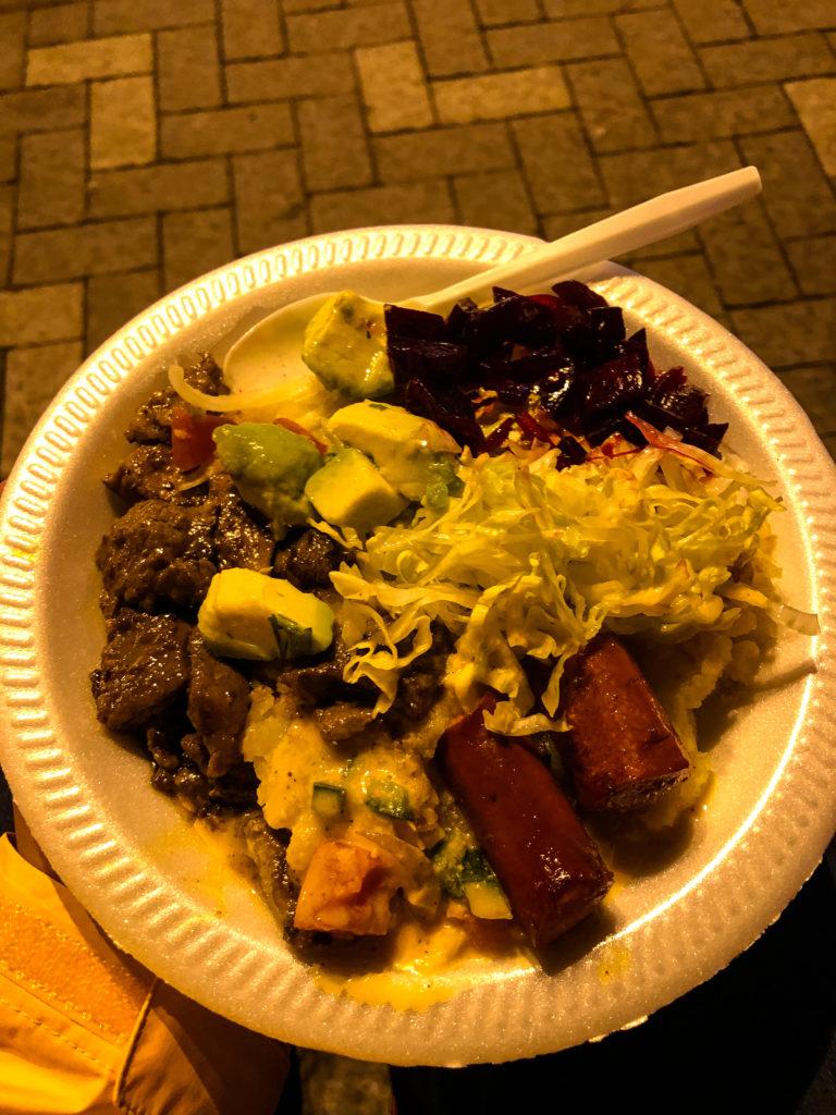 Streetfood im Parque Navarro in Quito