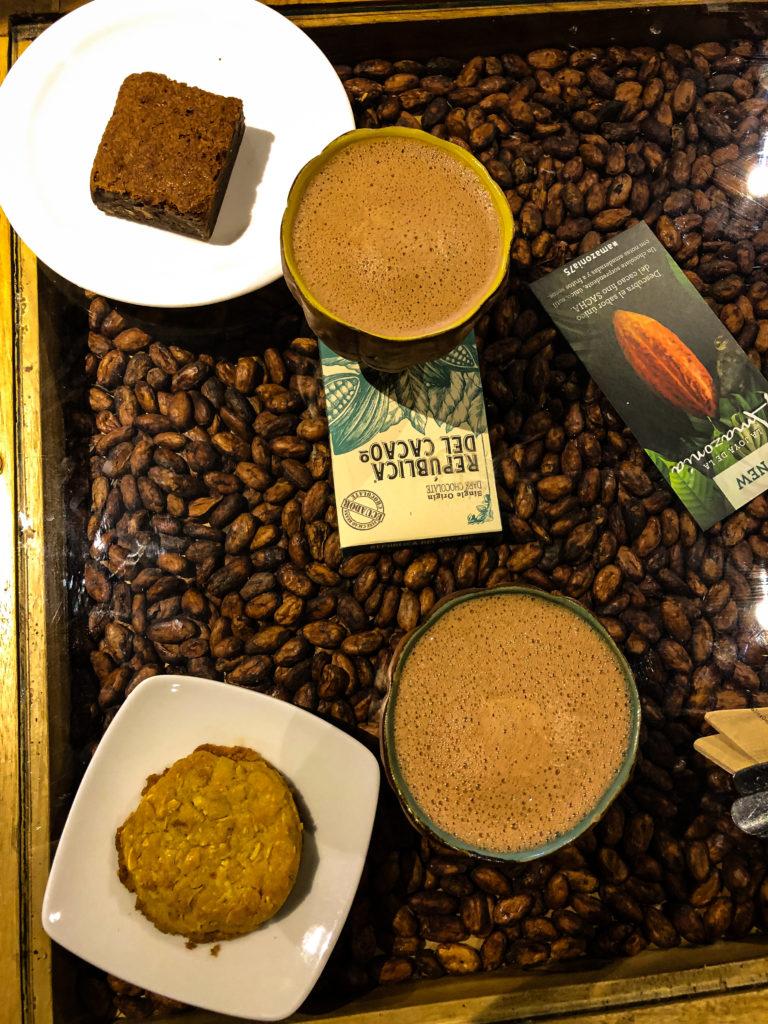 heiße Schokolade bei Republica de Cocoa in Quito