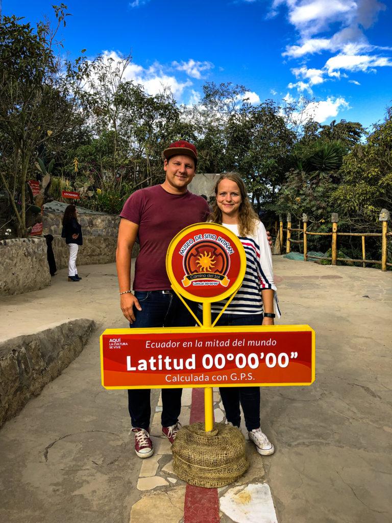 Mittelpunkt der Erde im Intinan Solar Museum in Quito